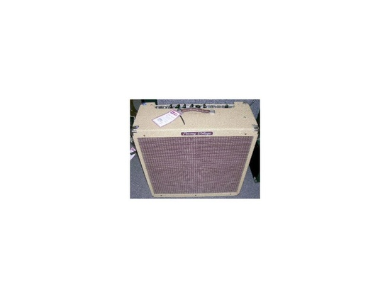 """Peavey """"Vintage 410"""" Amp"""