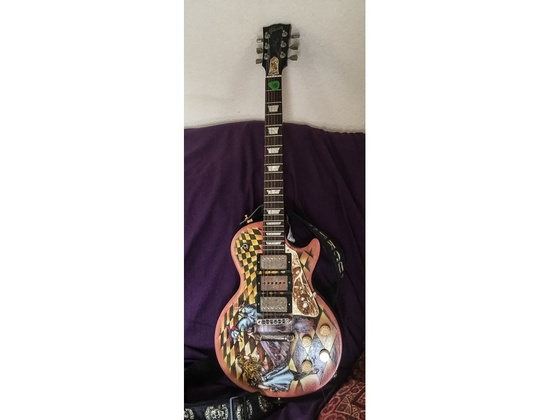 Highly modified Gibson Les Paul