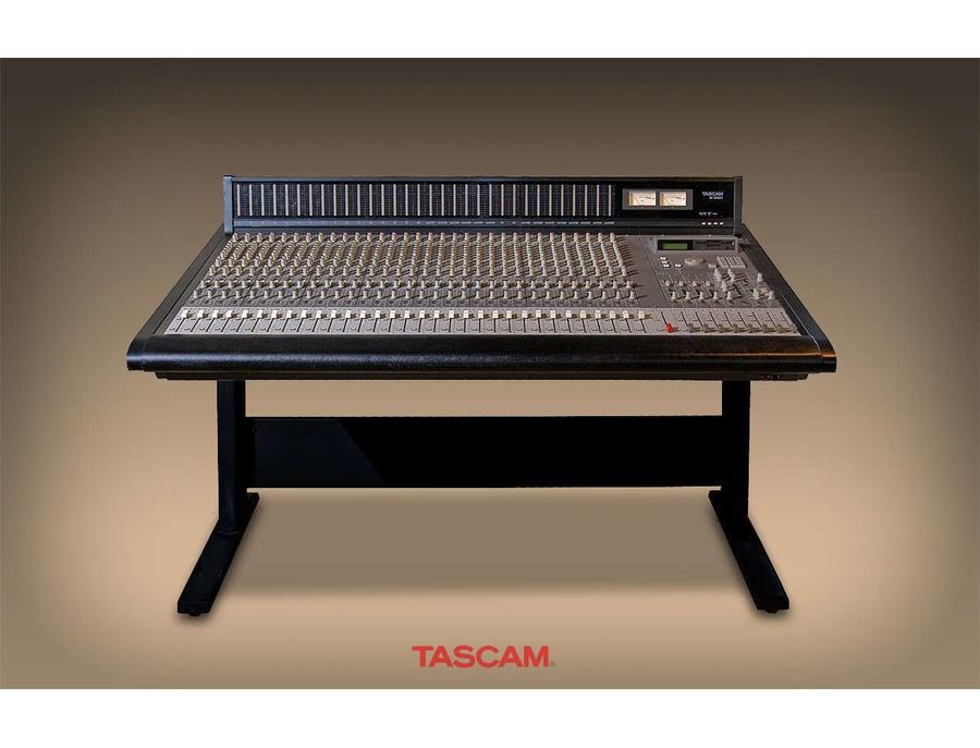 Tascam M-3700