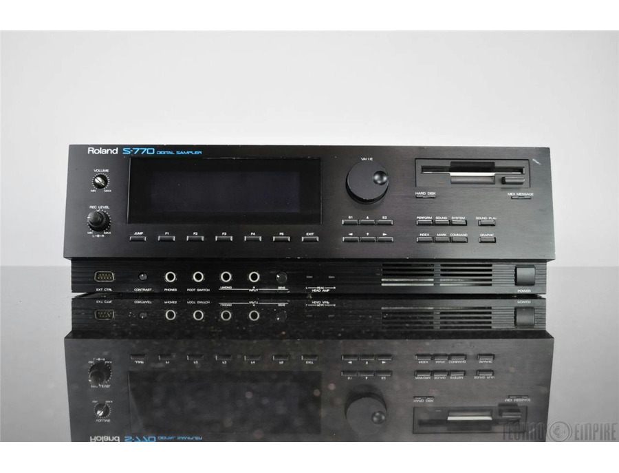 Roland s 770 sampler xl