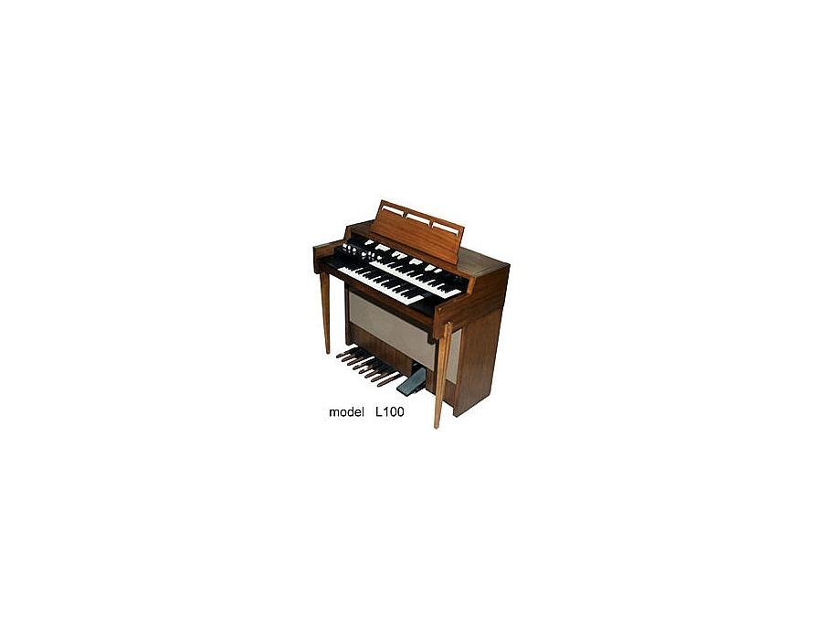 Hammond L-100 Organ