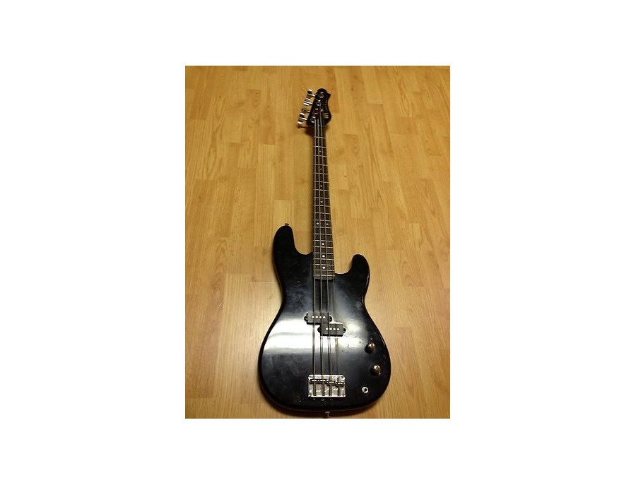 Mach 1 Bass