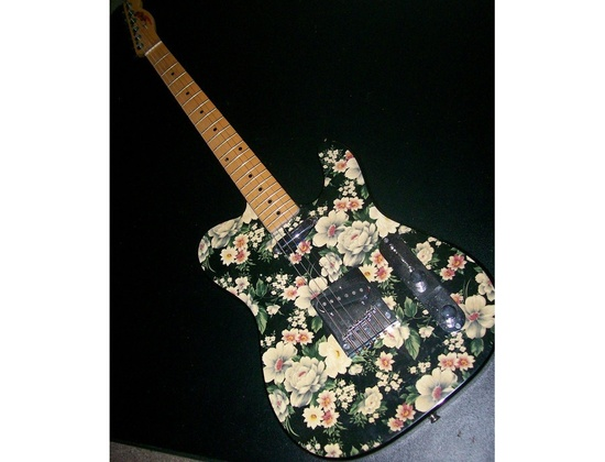 Fender Flower Telecaster
