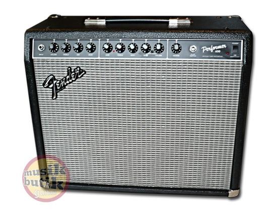 Fender performer 650