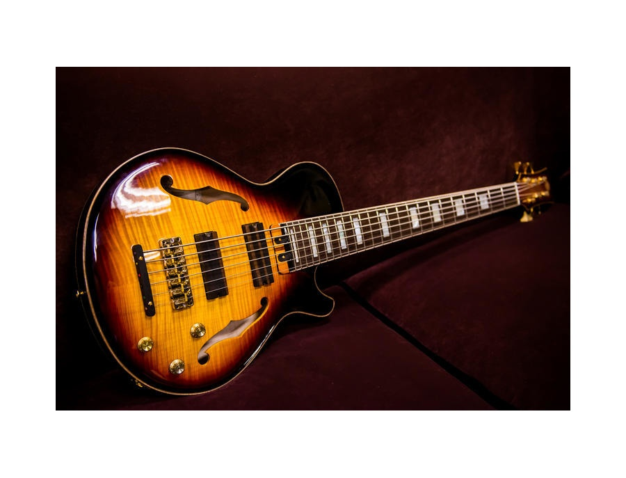 Yamaha Custom Semi Hollow Bass