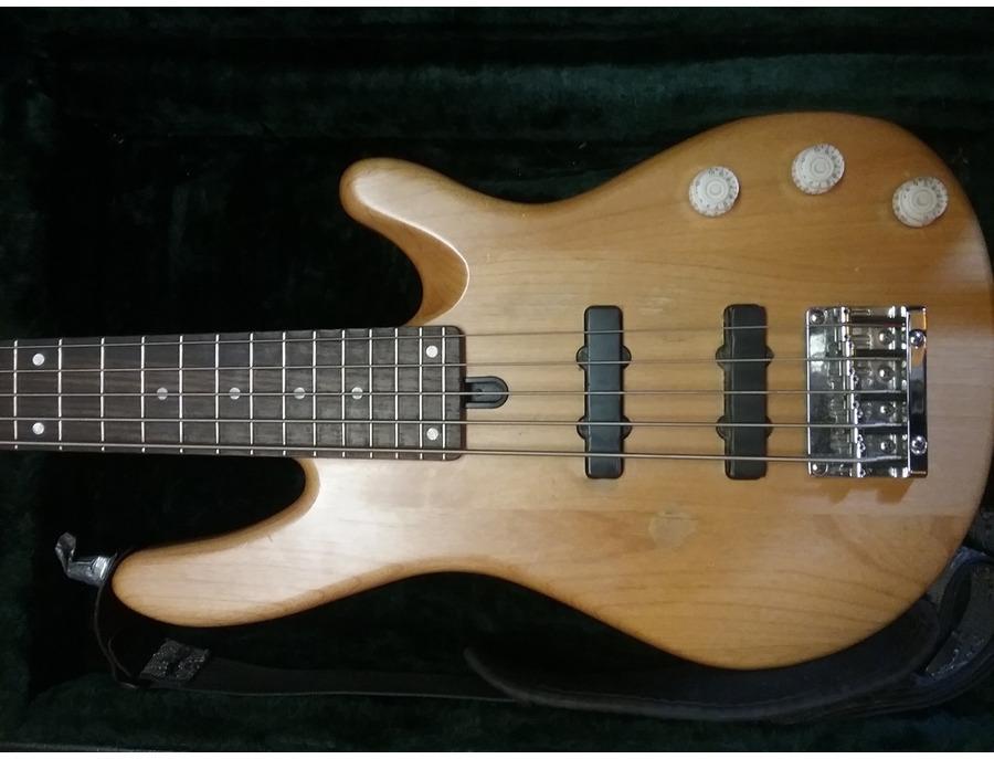 Yamaha BB 405