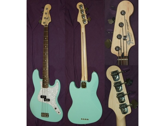 Fender Mark Hoppus Edition Modified P Bass Tropical Turquoise