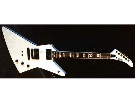 Atomic Guitar Works Xenon Custom