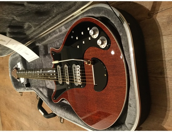 CQuadro Custom Red Special Guitar