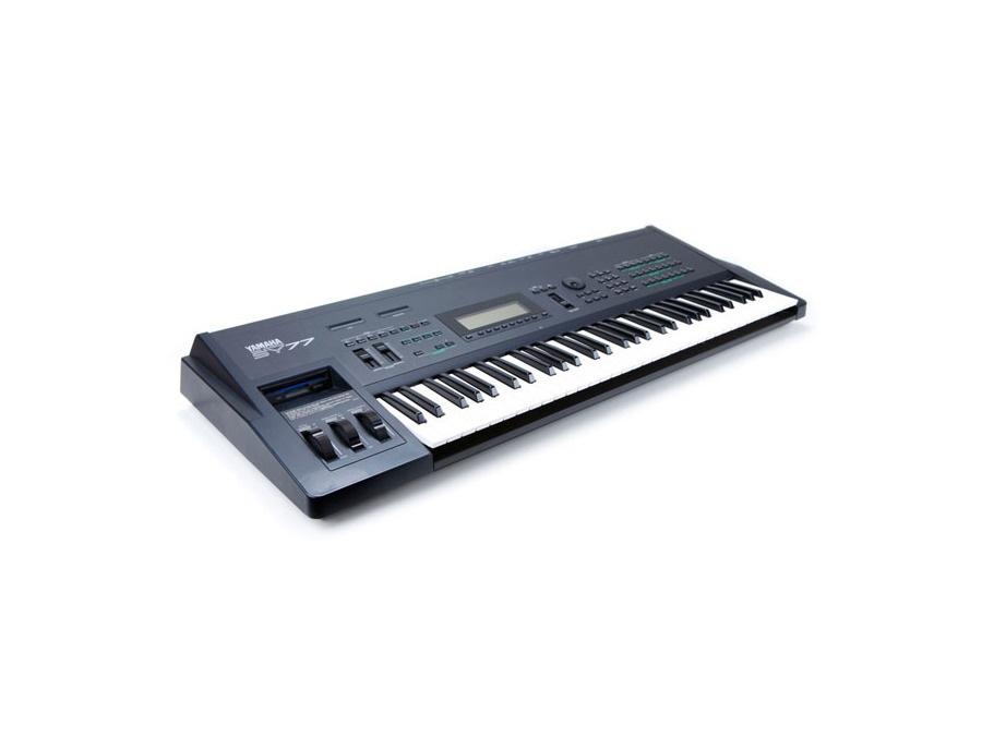 Yamaha SY77 Synthesizer