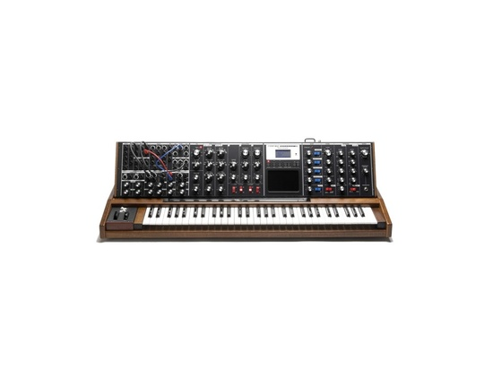 Moog Minimoog Voyager XL Synthesizer