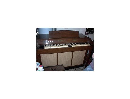 Chamberlin Music Master 600