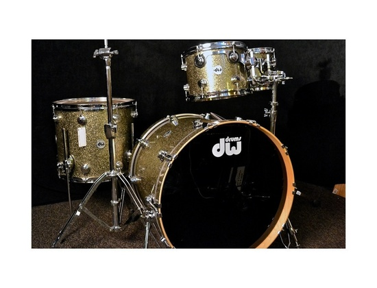 DW Collectors Series Gold Sparkle Drums