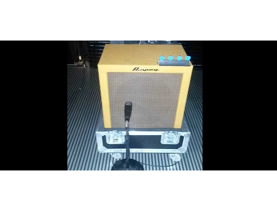 "Ampeg Custom 1x15"" Tweed Bass Cabinet"
