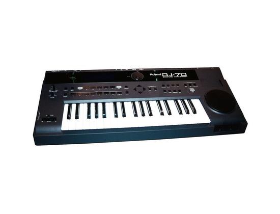 Roland DJ-70