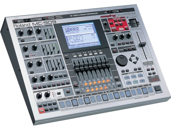 Roland MC-909 Groovebox