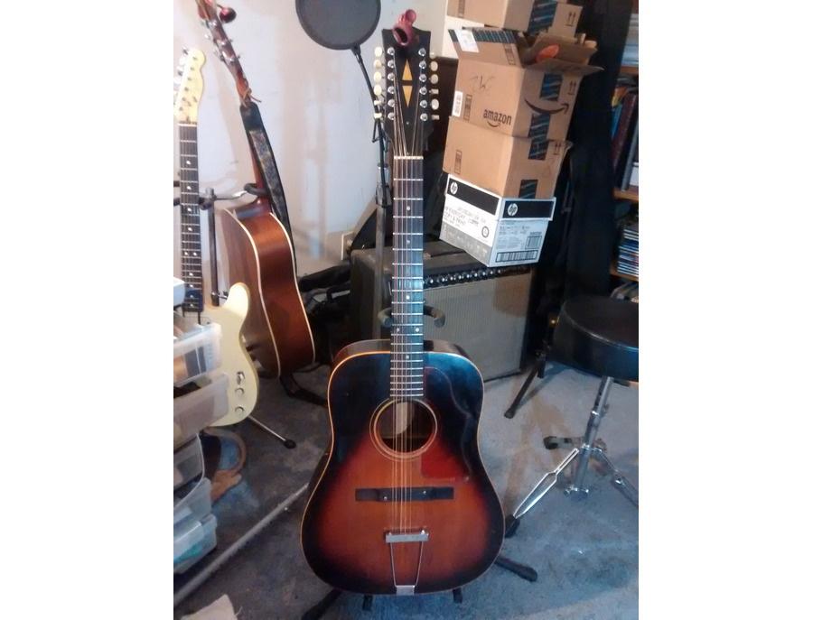 Gibson B-25 12