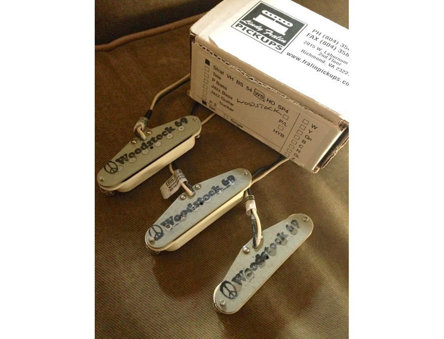 Lindy Fralin Woodstock 69 Strat Pickup Set w/ Base Plate