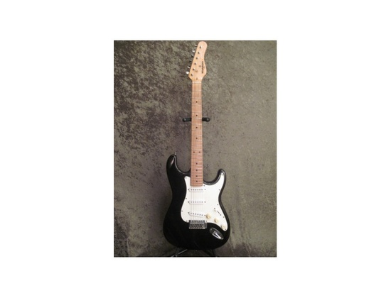 Behringer electric strat