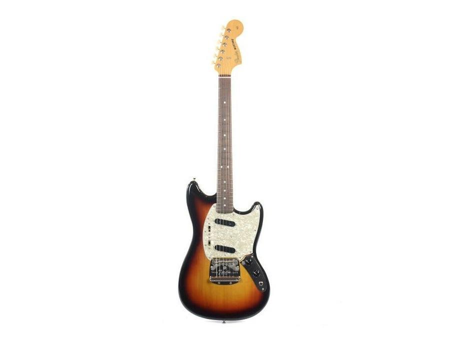 65 Classic Series Fender Mustang 3 Tone Sunburst