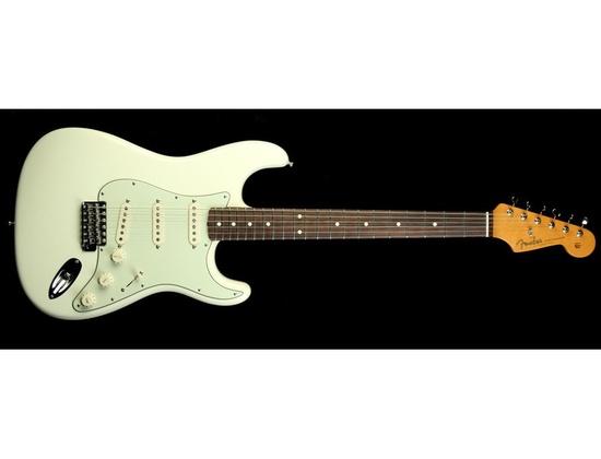 Fender American Vintage '62 Hotrod Stratocaster