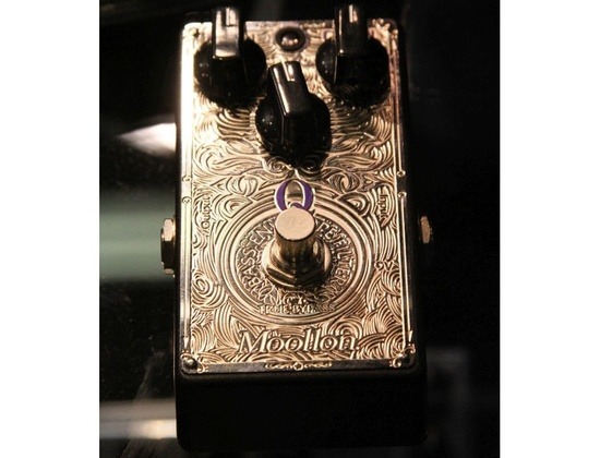 Moollon Bass Q Envelope Filter