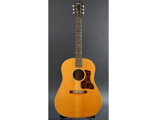1941 Gibson J-35