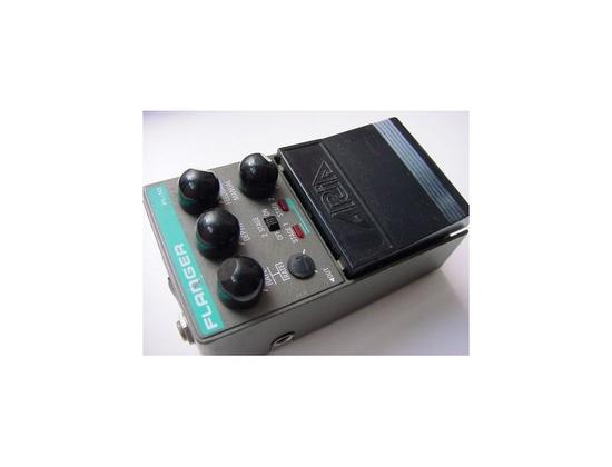 Aria Flanger FL10. 80's
