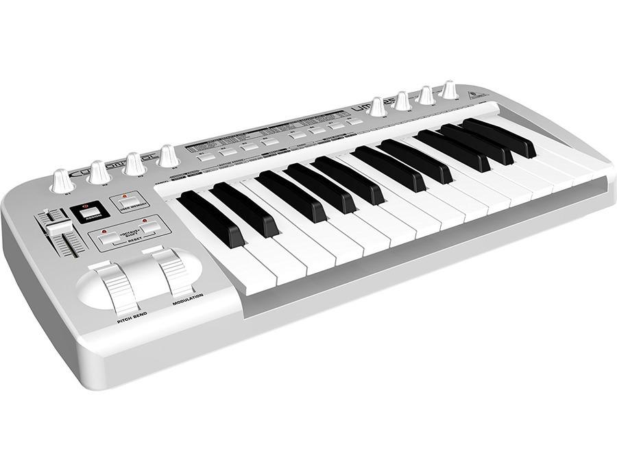 Behringer UMX25 U-Control 25-Key USB/MIDI Controller Keyboard