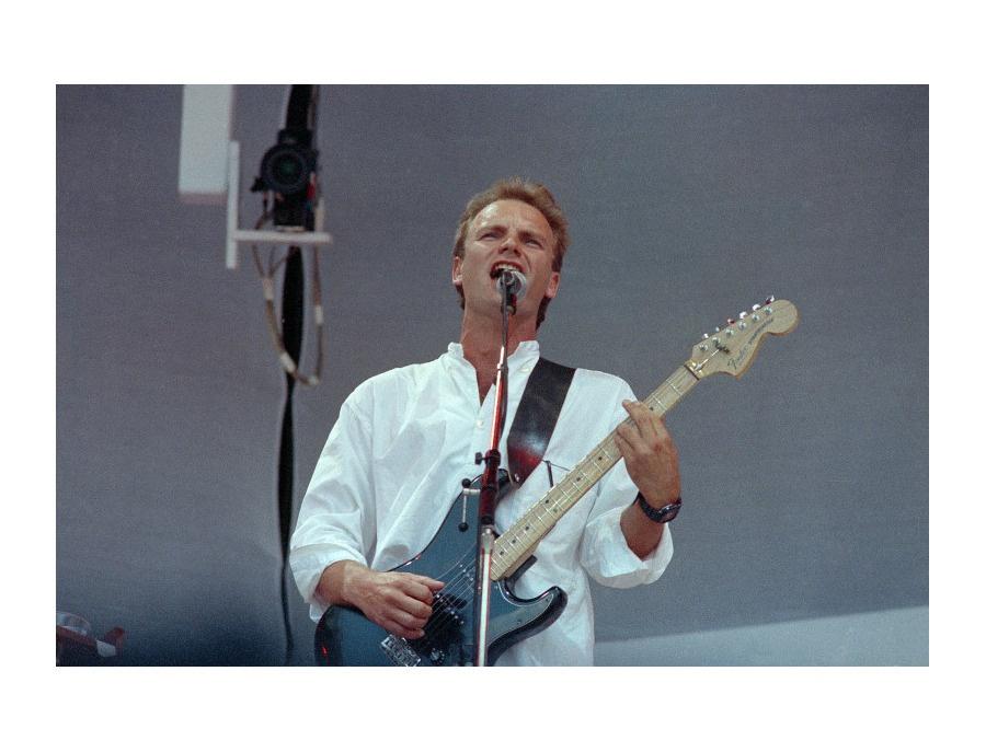 Sting Black Stratocaster