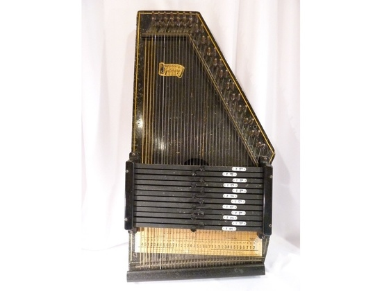 Oscar Schmidt Autoharp, 36 String, 12 Chord
