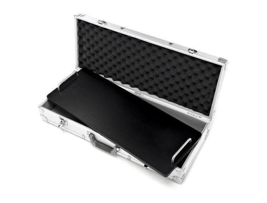 Artec Optional 14-Piece 70x26 Pedal Board (with Case)
