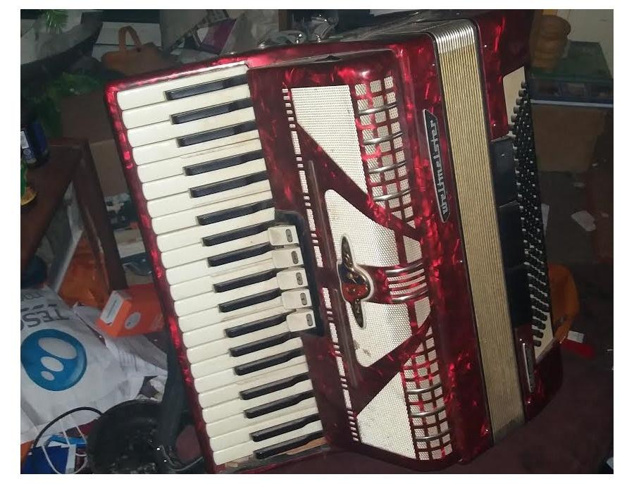 weltmeister Diana 120 bass accordion
