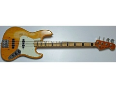 Fender-jazz-bass-1973-s