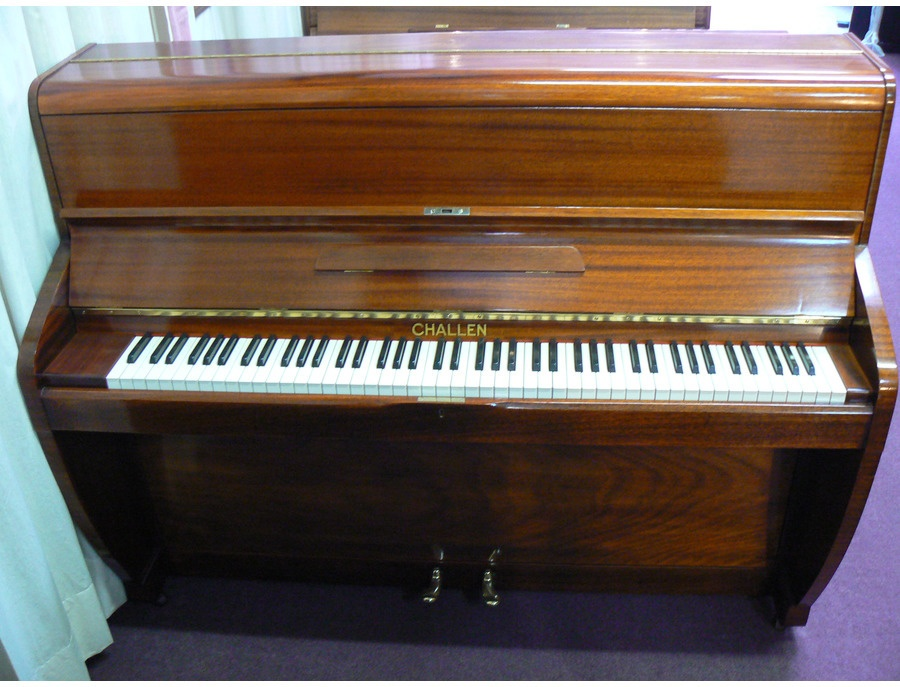 Challen upright pianio