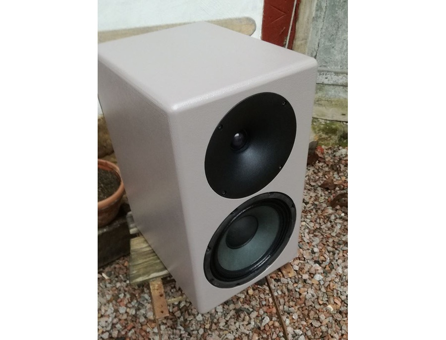 Sternberg audio speakers xl