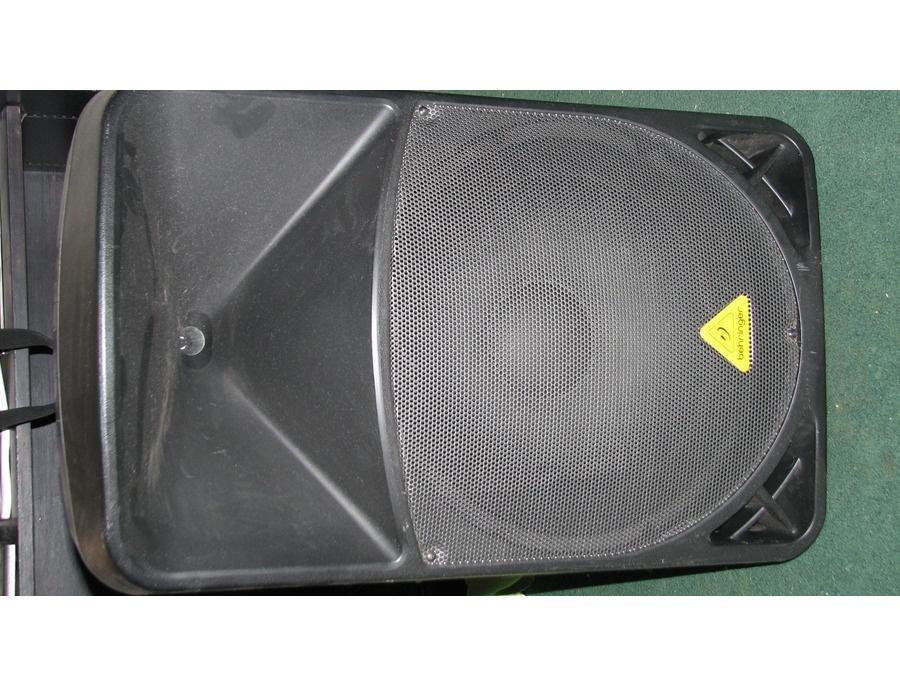 """Behringer 15"""" 1000 watt powered speaker"""