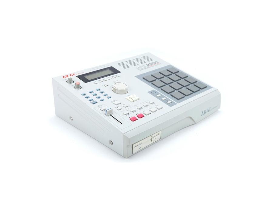 Akai MPC 2000