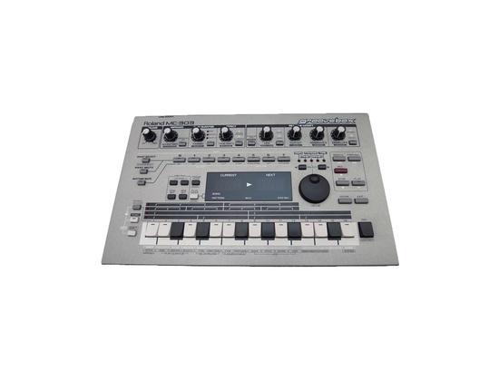 Roland MC-303 Groovebox