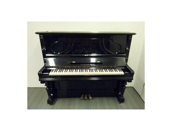 H. Garn Upright Piano (1900s)