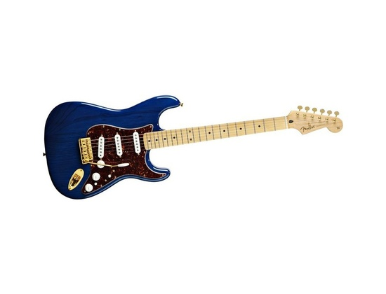 Fender Deluxe Player's Stratocaster Electric Guitar Sapphire Blue Transparent Rosewood Fretboard