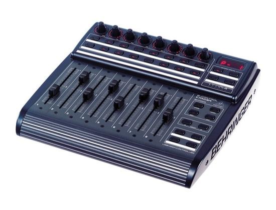 Behringer BCF2000 MIDI Controller