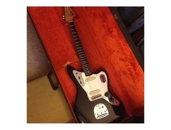Vintage-black-1963-fender-jaguar-s