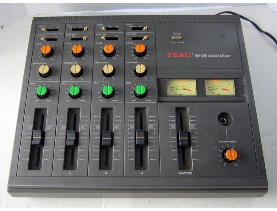 Teac m 09 audio mixer xl