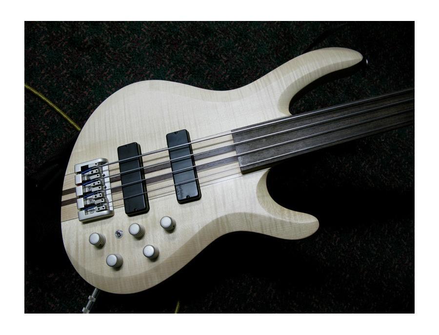 Laguna Fretless Bass