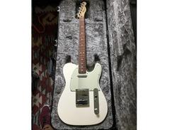 Fender-custom-shop-hs-telecaster-s
