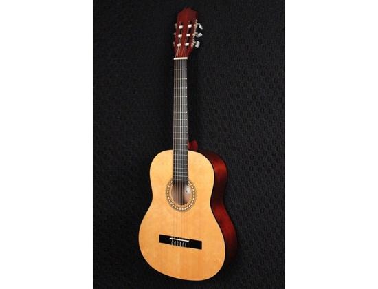 Montana CL80 Classical Guitar