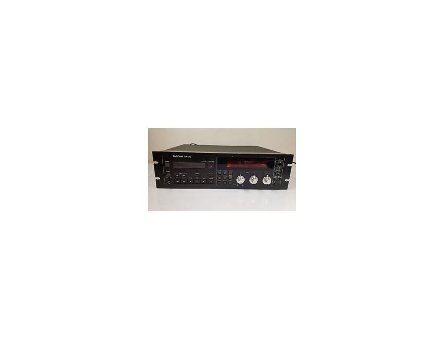 TASCAM DA-30 Professional Digital Audio Tape Recorder