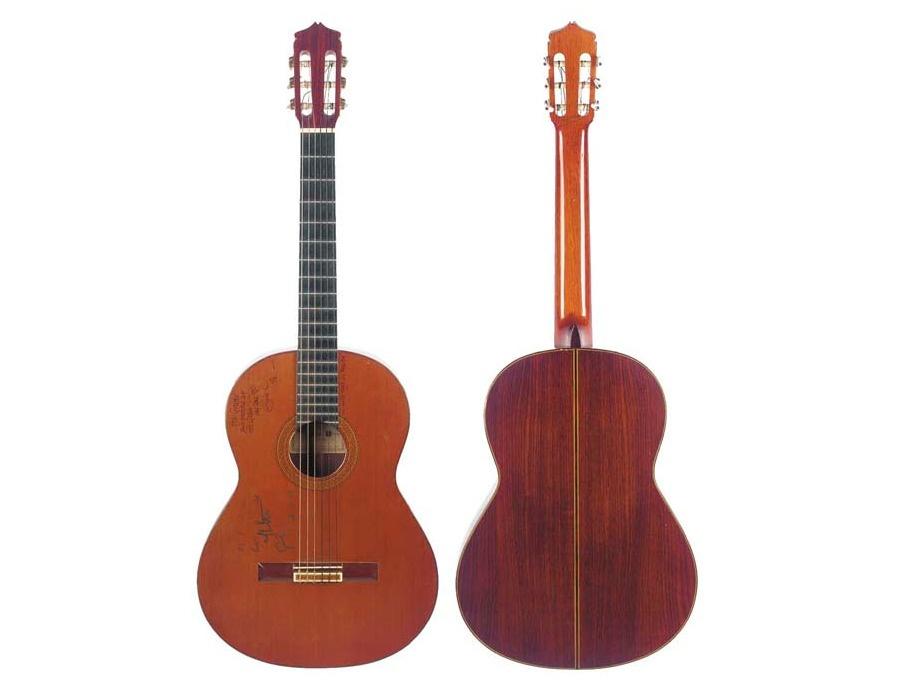 1977 juan alvarez classical guitar xl