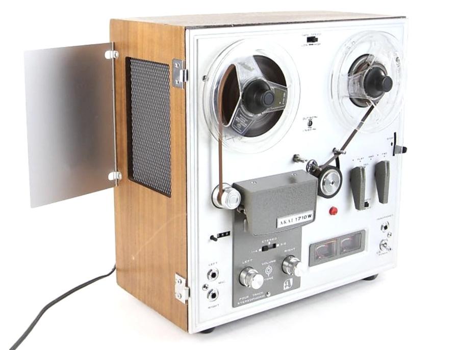 Akai 1710W Tape Recorder